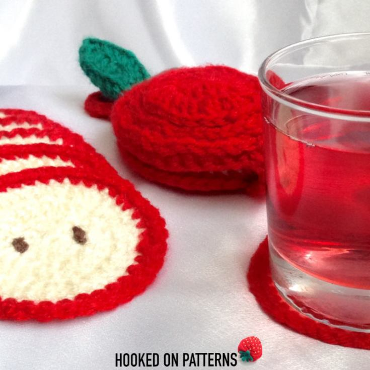 Apple Coaster Crochet Pattern