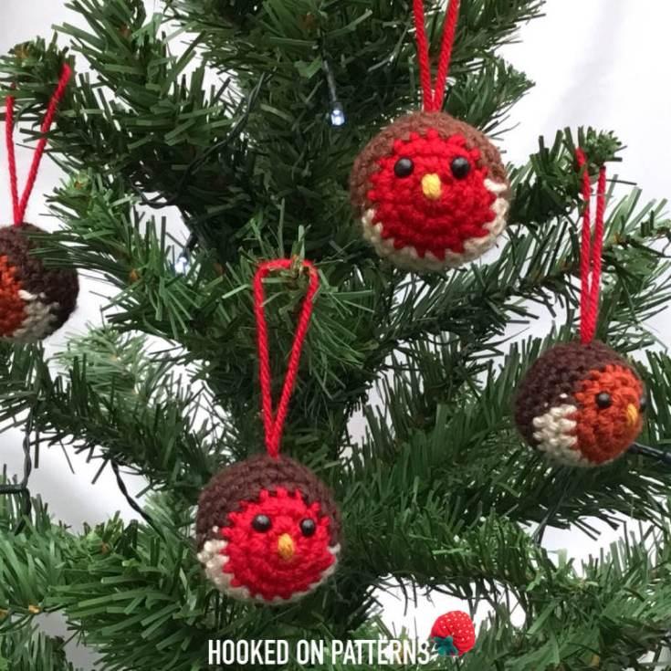 Robin Christmas Tree Baubles: Free Crochet Pattern