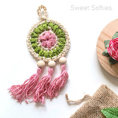 Petite Floral Dreamcatcher Free Crochet Pattern