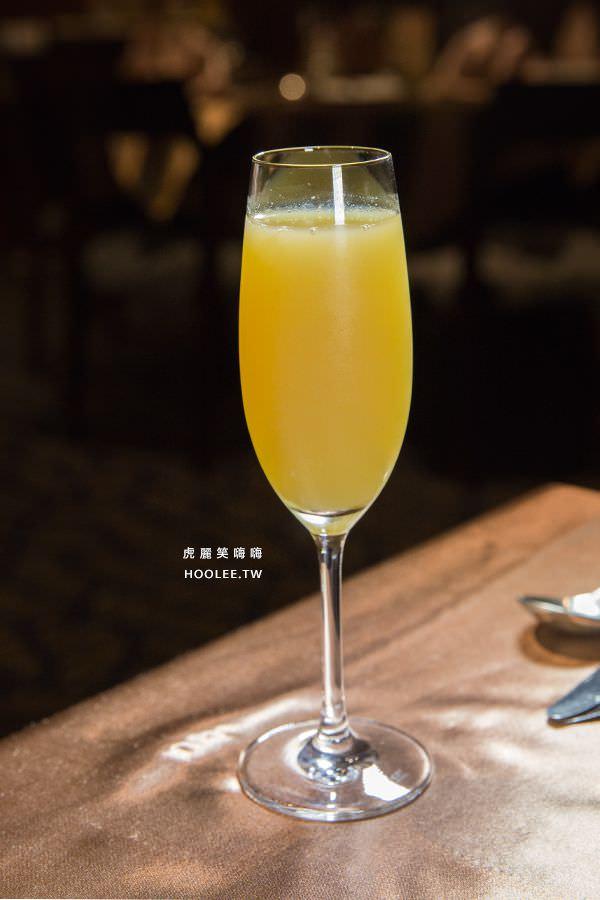 漢來大飯店45樓牛排 果汁