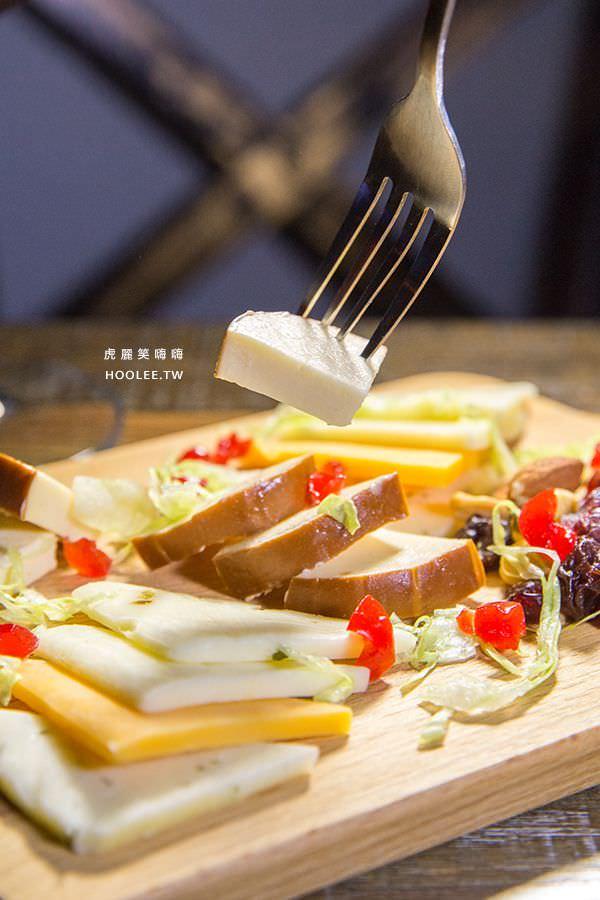MO'Dan美式餐酒館 乳酪塊 NT$200
