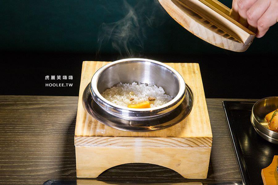 水刺床韓式烤肉餐廳 高雄韓式烤肉 韓式營養飯