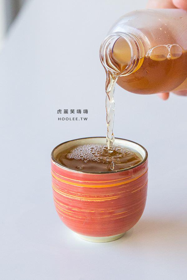 黑豆茶兒良拌·涼拌 高雄飲料推薦 纖窈冷泡茶 NT$40