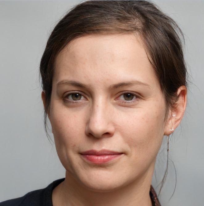 Лиза Тинкова