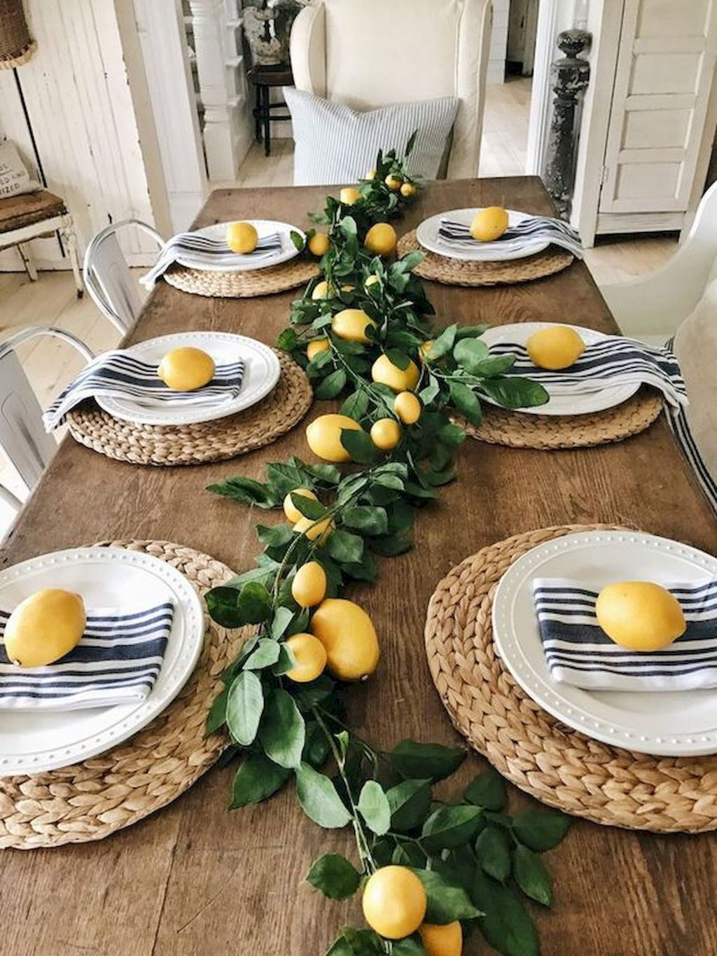 Amazing Summer Dining Room Decor Ideas 14