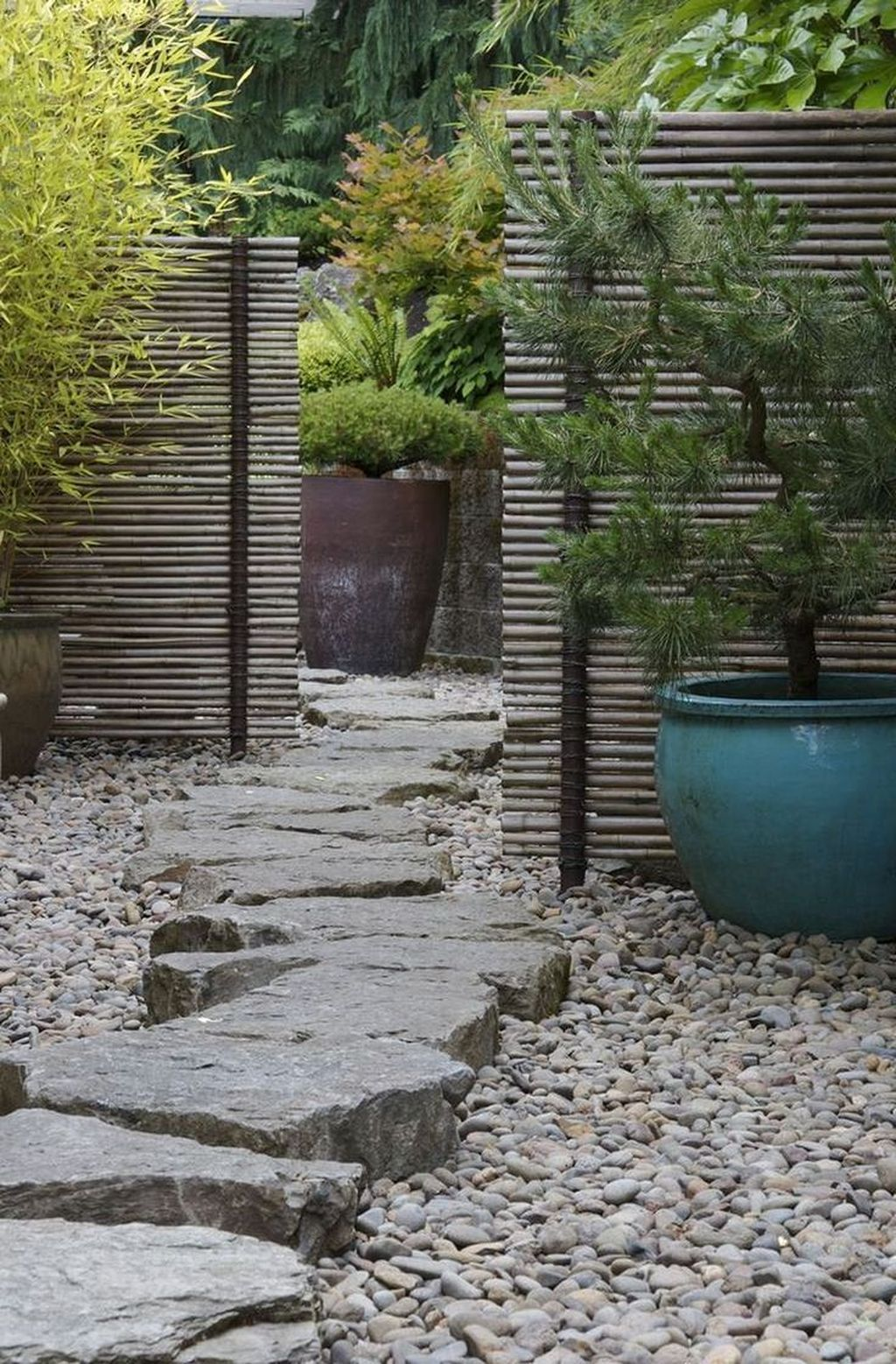 Beautiful Modern Rock Garden Ideas For Backyard Landscaping 18