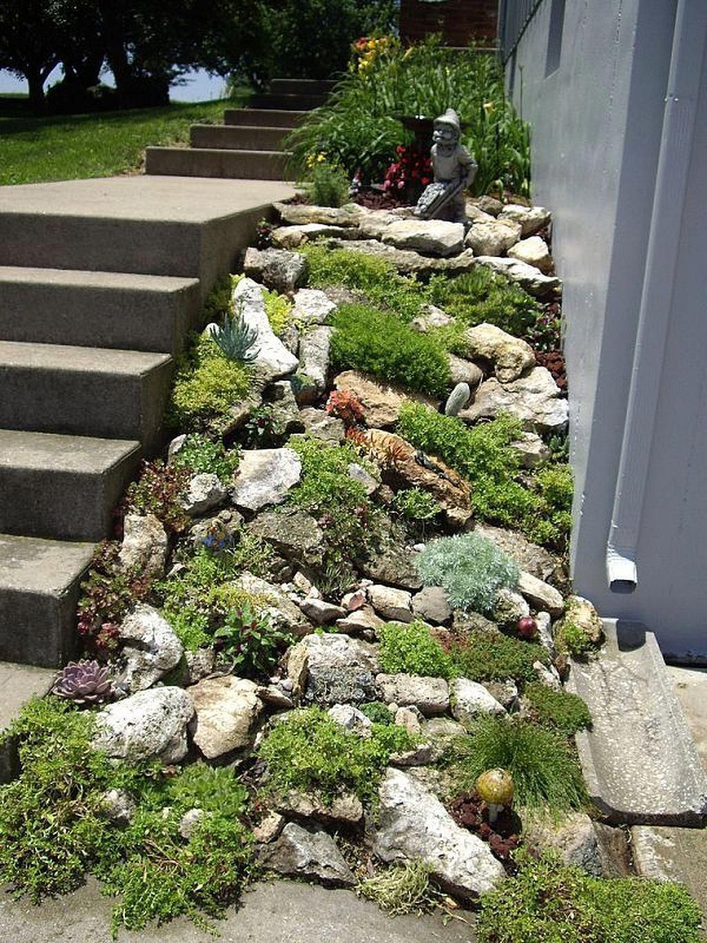 Beautiful Modern Rock Garden Ideas For Backyard Landscaping 29