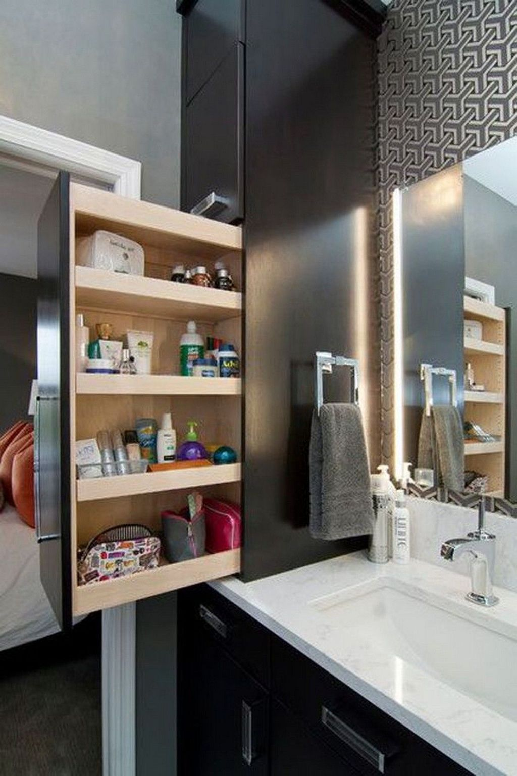 Amazing Bathroom Storage Design Ideas For Small Space 01
