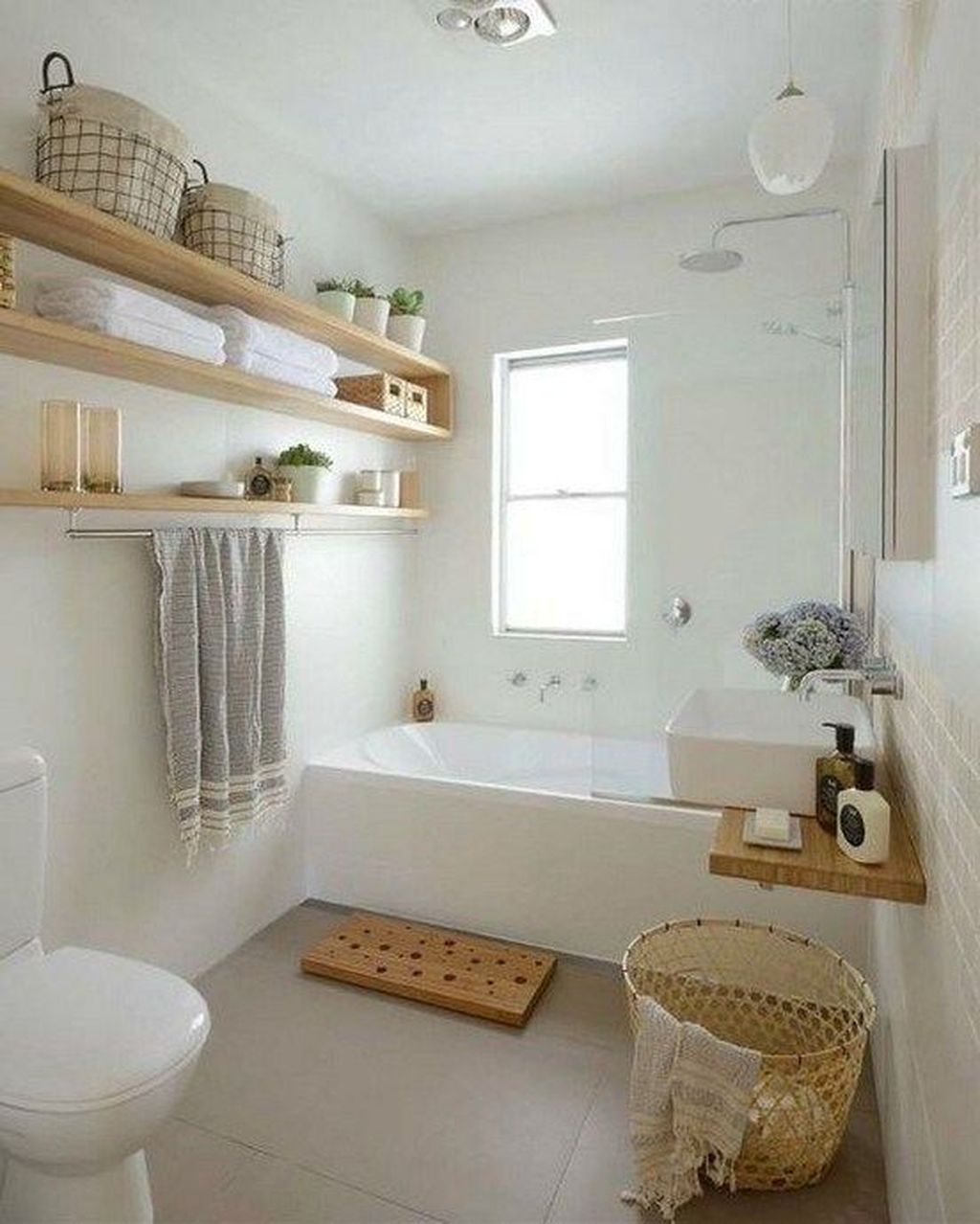 Amazing Bathroom Storage Design Ideas For Small Space 02