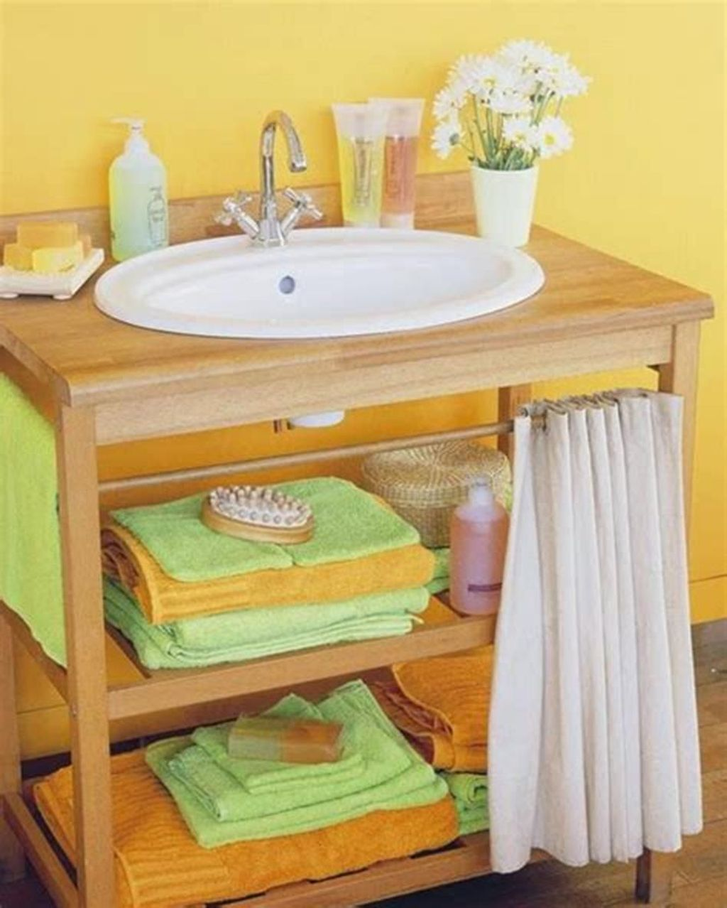 Amazing Bathroom Storage Design Ideas For Small Space 07