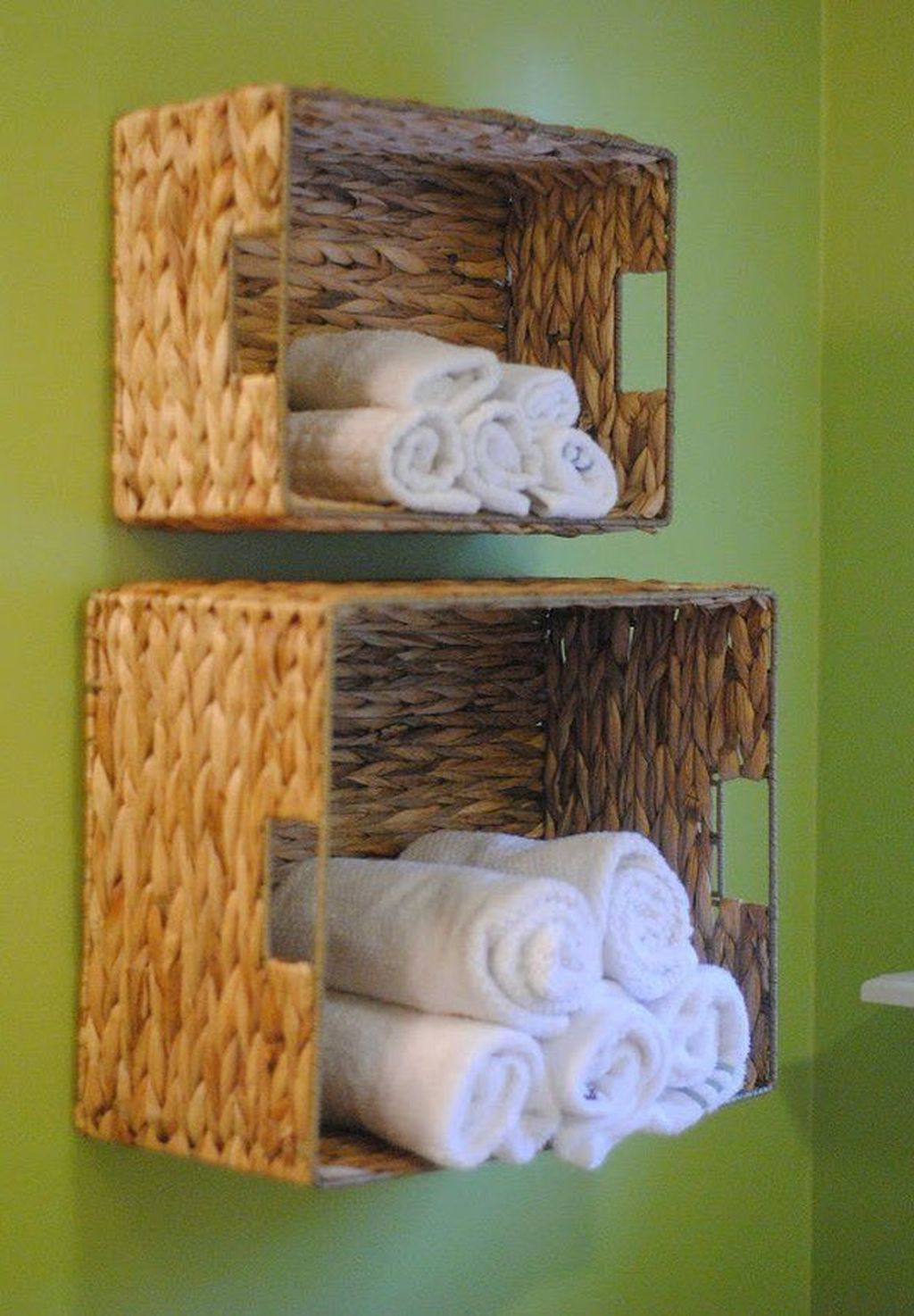 Amazing Bathroom Storage Design Ideas For Small Space 18