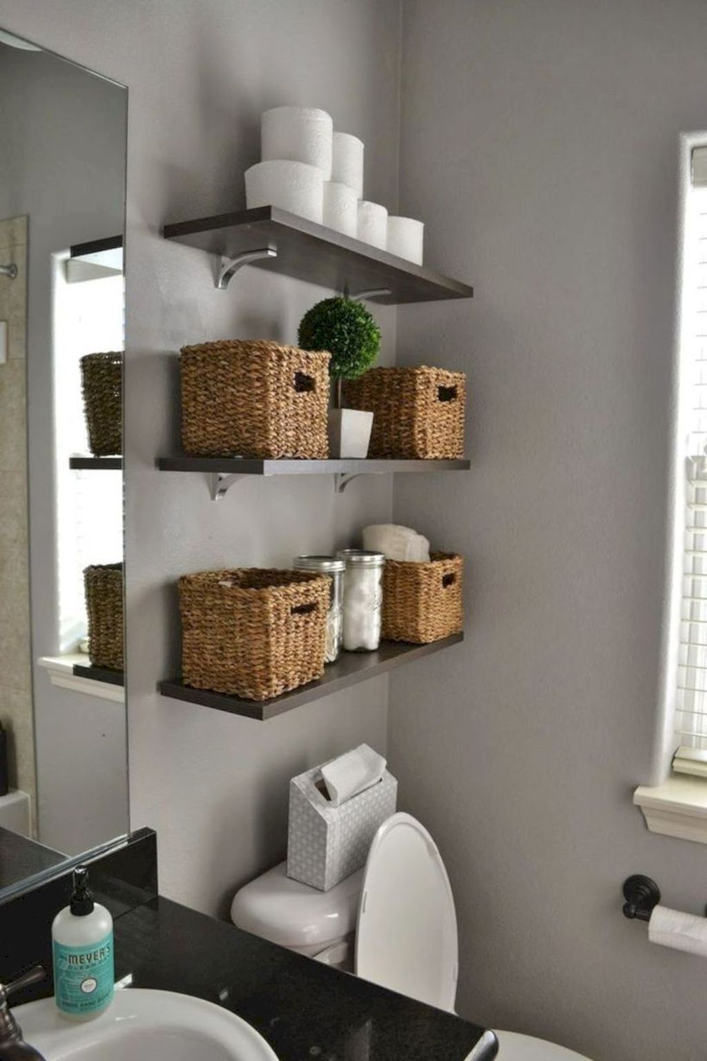 Amazing Bathroom Storage Design Ideas For Small Space 34