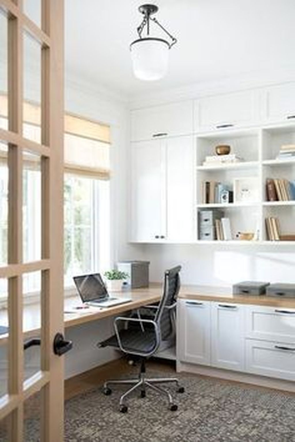 Amazing Contemporary Home Office Design Ideas 21
