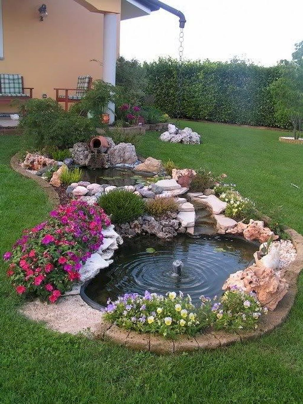 Awesome Backyard Landscaping Ideas With Elegant Accent 18