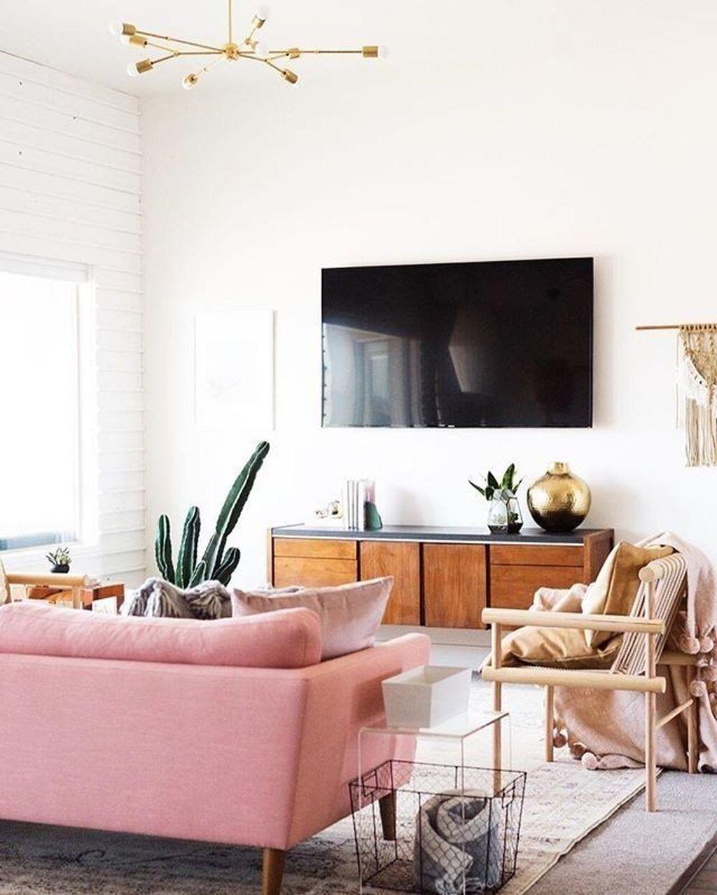 Beautiful Pink Living Room Decor Ideas 09