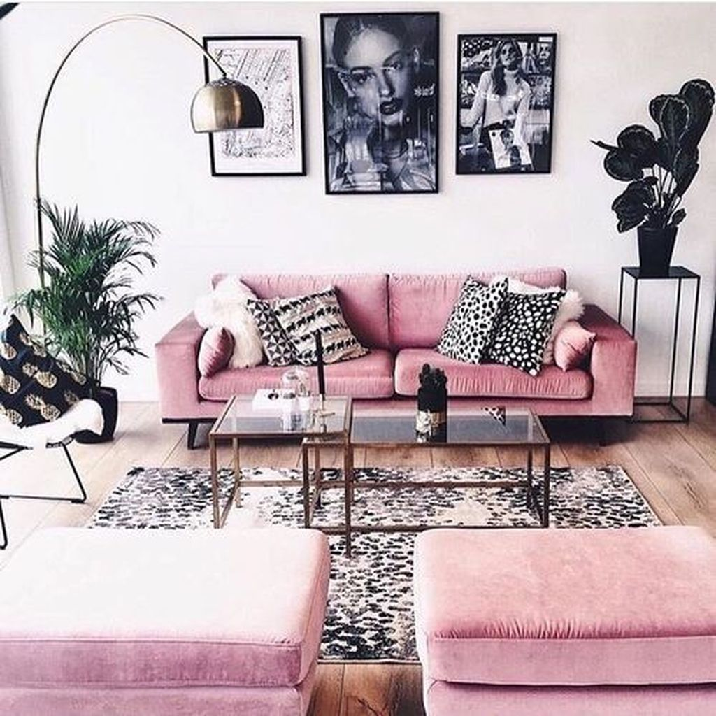 Beautiful Pink Living Room Decor Ideas 21