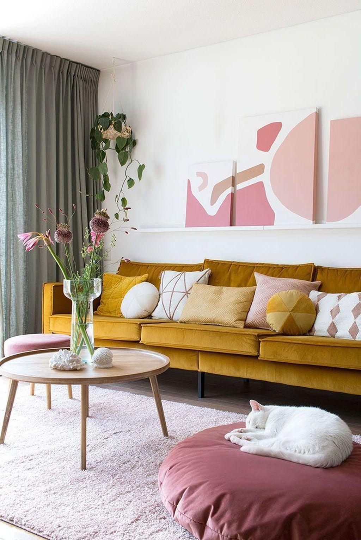 Beautiful Pink Living Room Decor Ideas 22
