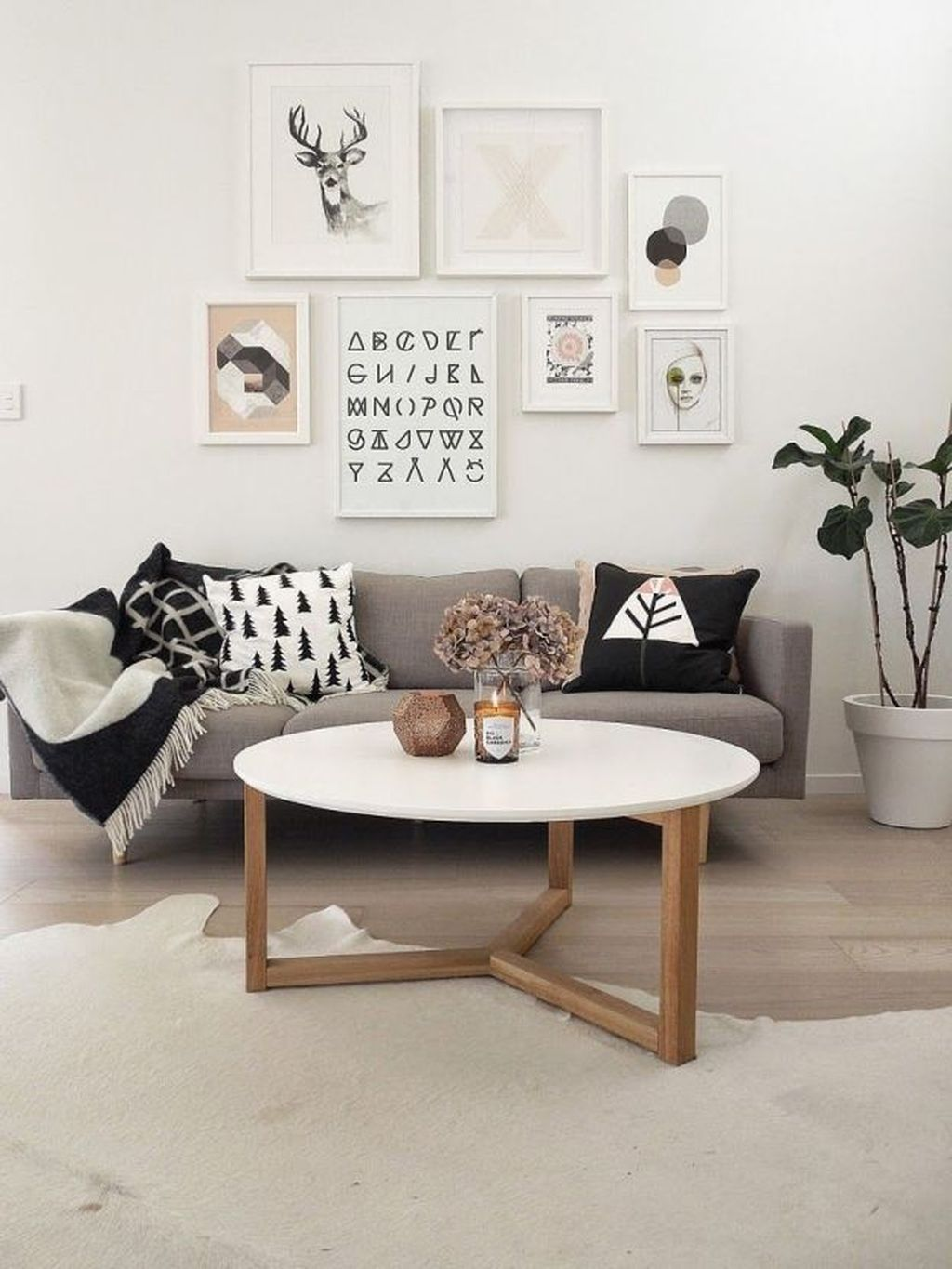 Beautiful Scandinavian Living Room Decoration Ideas 22