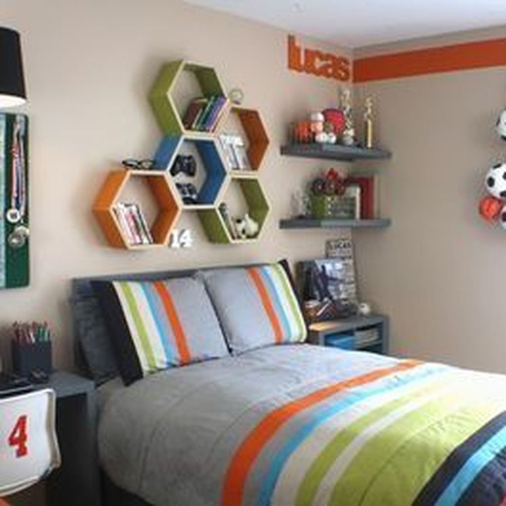 Cozy Boys Bedroom Decorating Ideas 11
