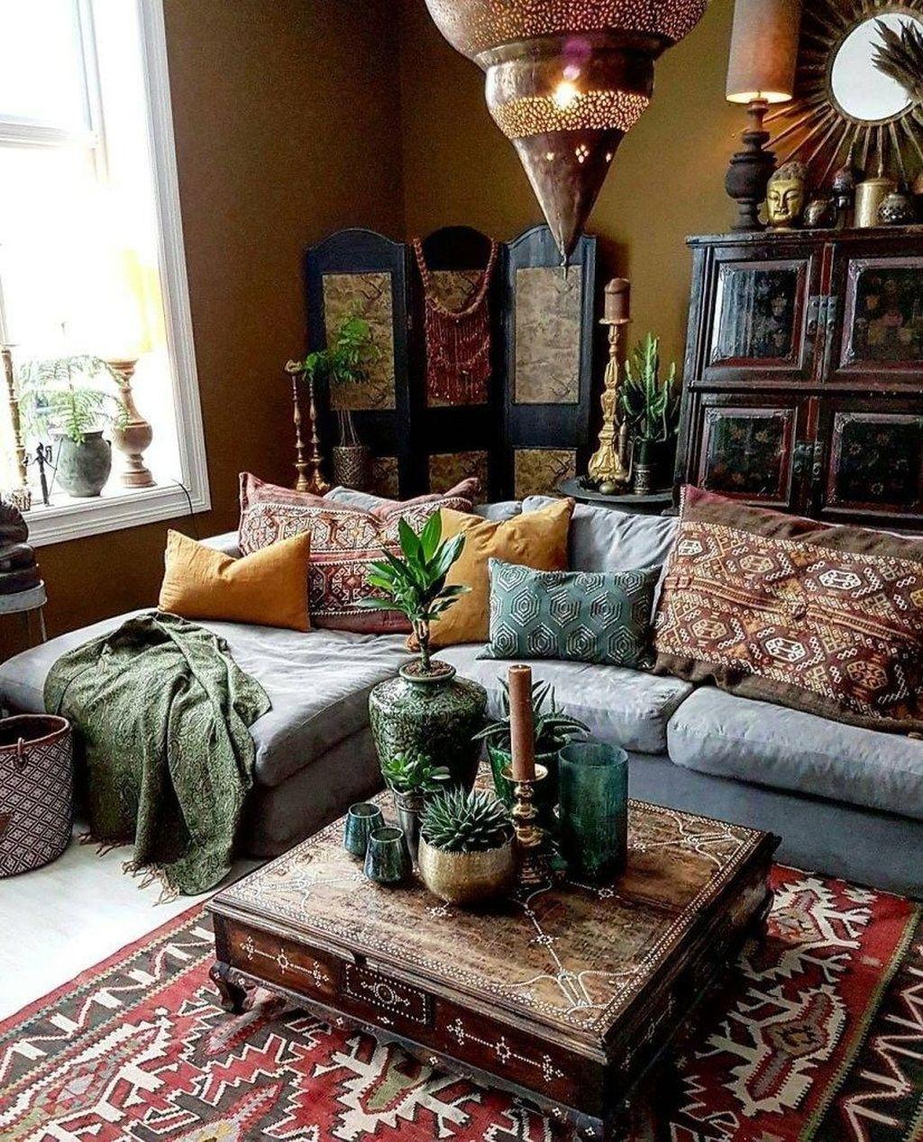 Fabulous Bohemian Living Room Decorating Ideas 03
