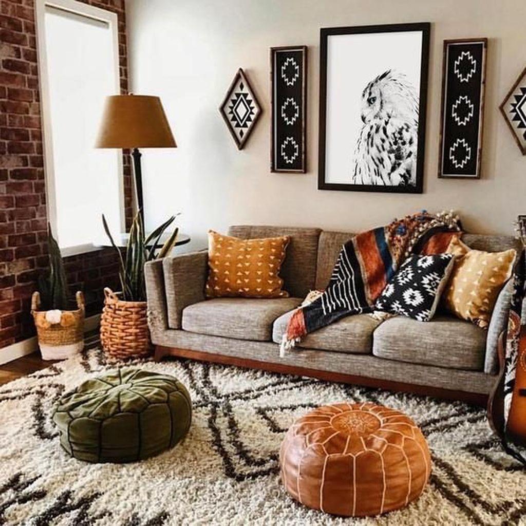 Fabulous Bohemian Living Room Decorating Ideas 15