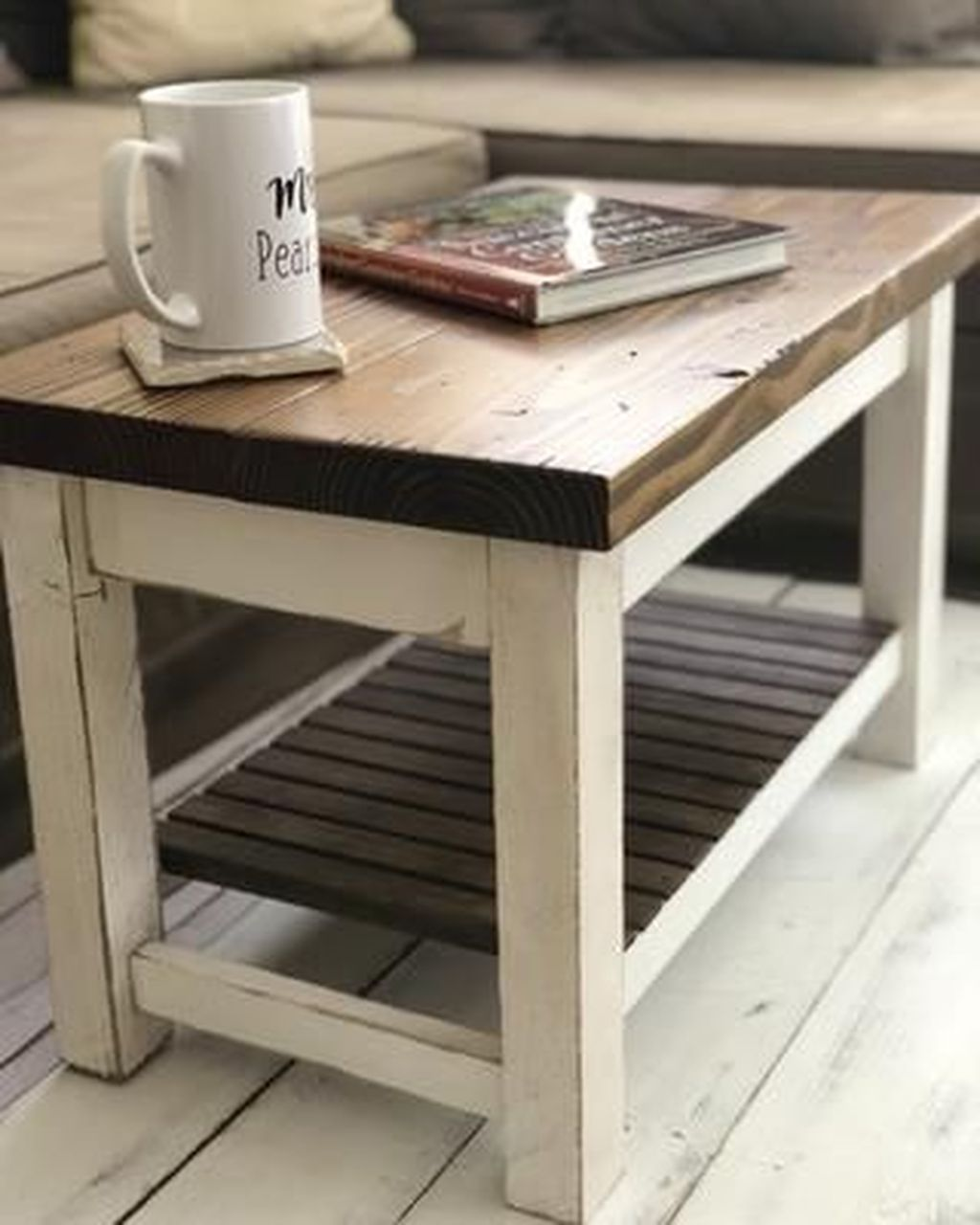 Gorgeous DIY Coffee Table Design Ideas 15