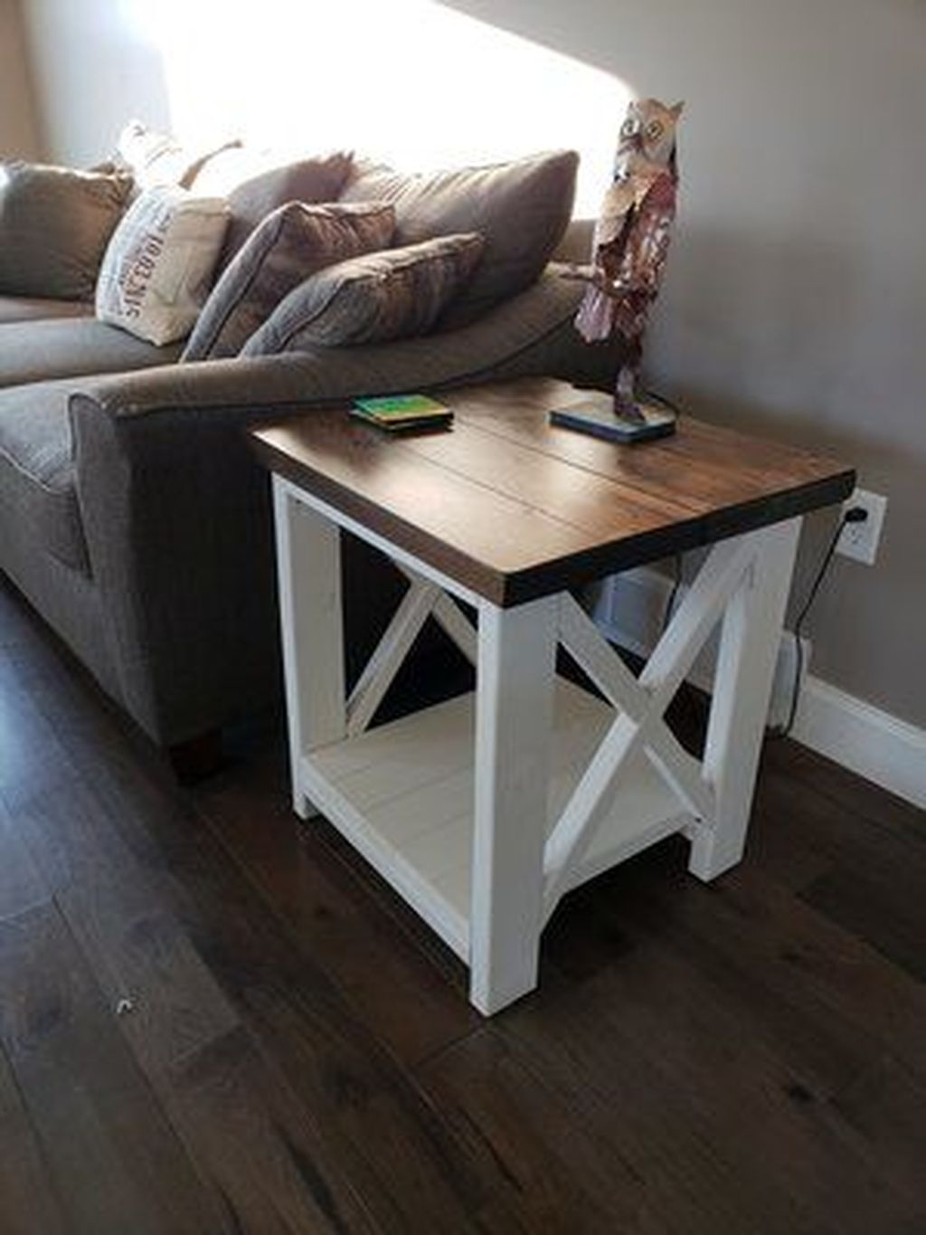 Gorgeous DIY Coffee Table Design Ideas 24