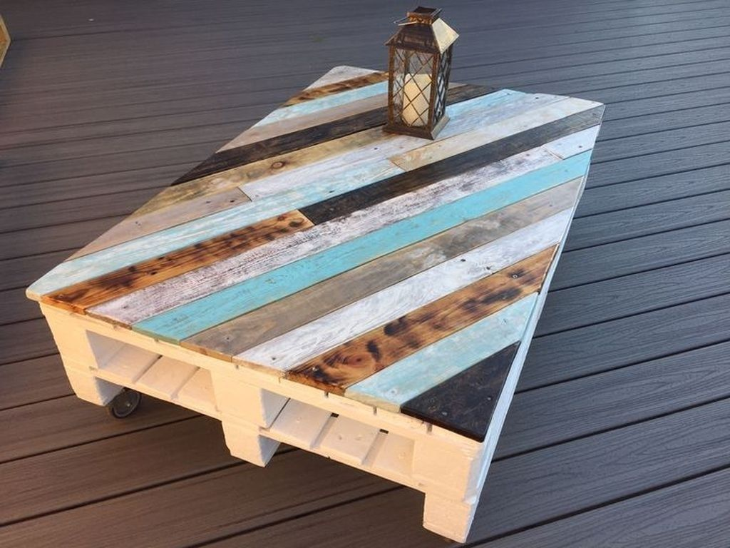 Gorgeous DIY Coffee Table Design Ideas 29
