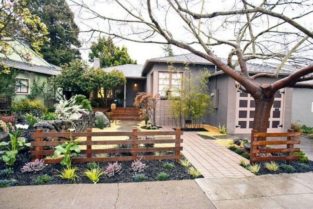 Inspiring Front Yard Fence Design Ideas 02