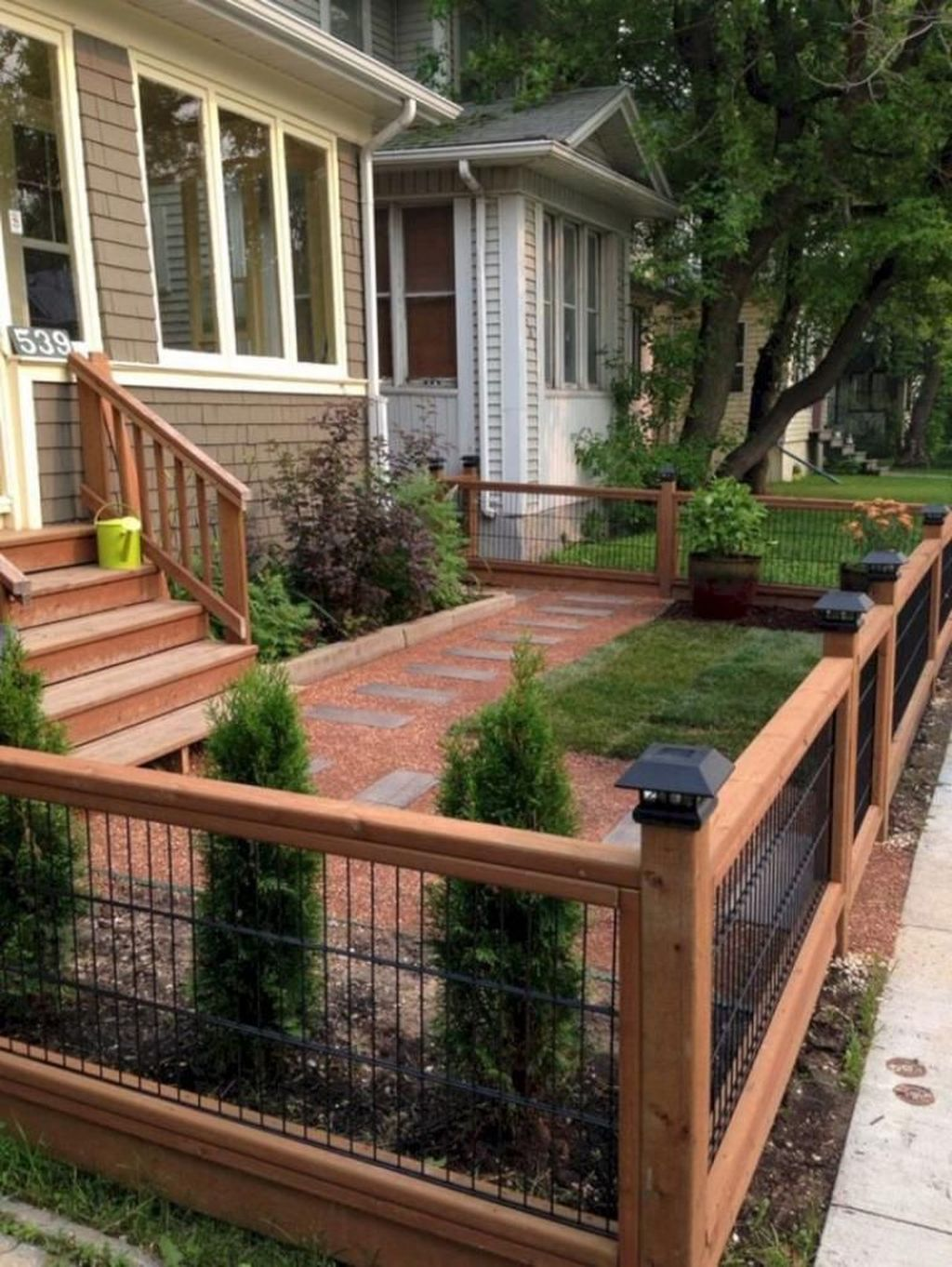 Inspiring Front Yard Fence Design Ideas 25