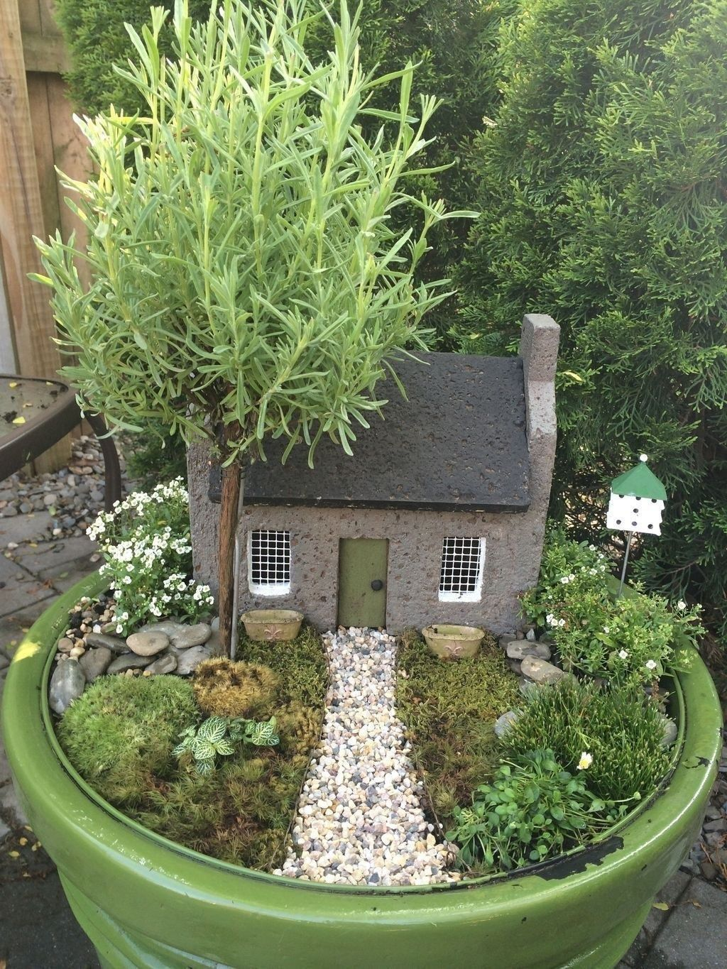 Lovely Beautiful Fairy Garden Design Ideas 03