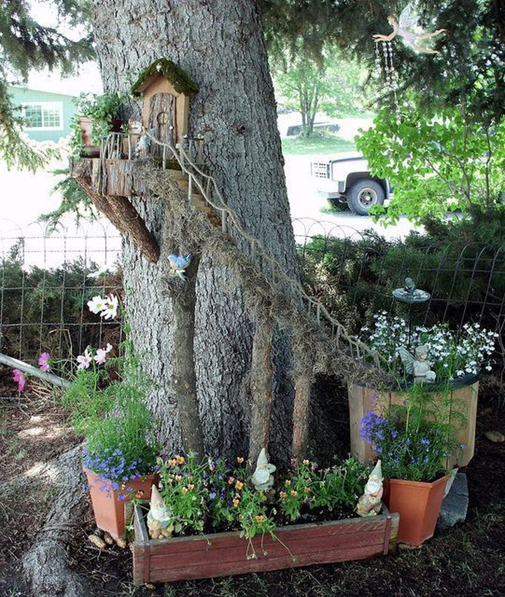 Lovely Beautiful Fairy Garden Design Ideas 11