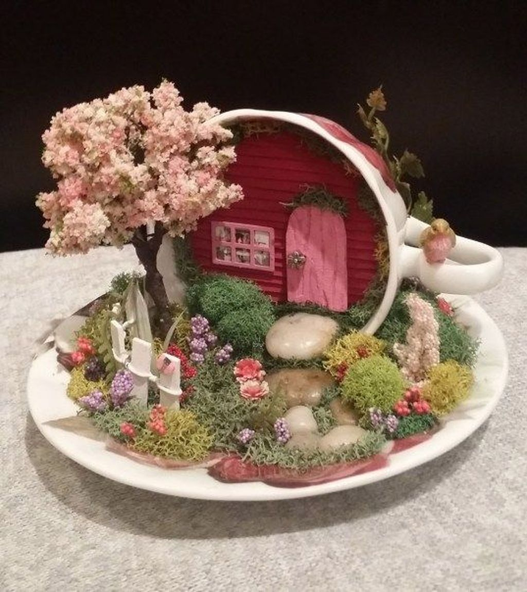 Lovely Beautiful Fairy Garden Design Ideas 12