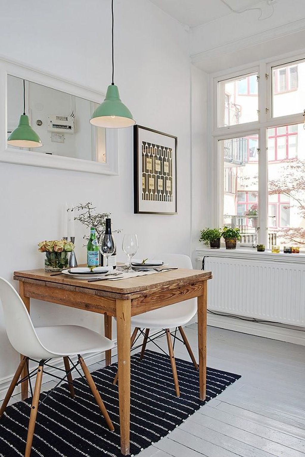 Perfect Small Apartment Decorating Ideas 14