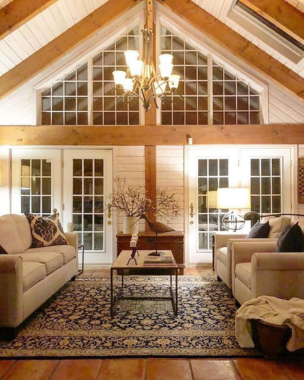 Stunning Lodge Living Room Decor Ideas 34