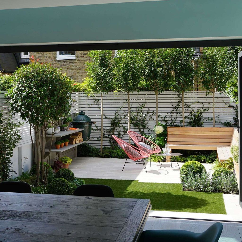 Stunning Tiny Garden Design Ideas To Get Beautiful Look 09