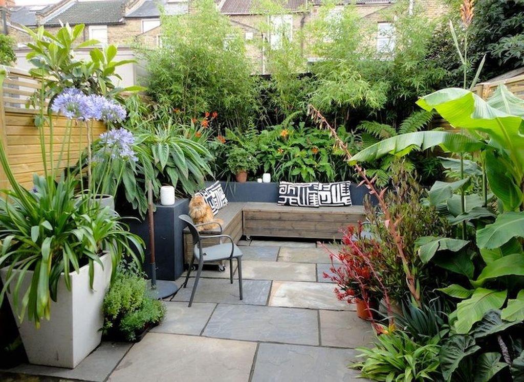 Stunning Tiny Garden Design Ideas To Get Beautiful Look 11