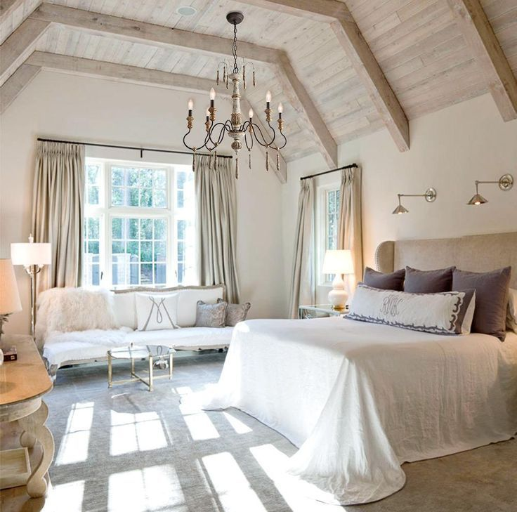 Amazing French Country Bedrooms Design Ideas 14