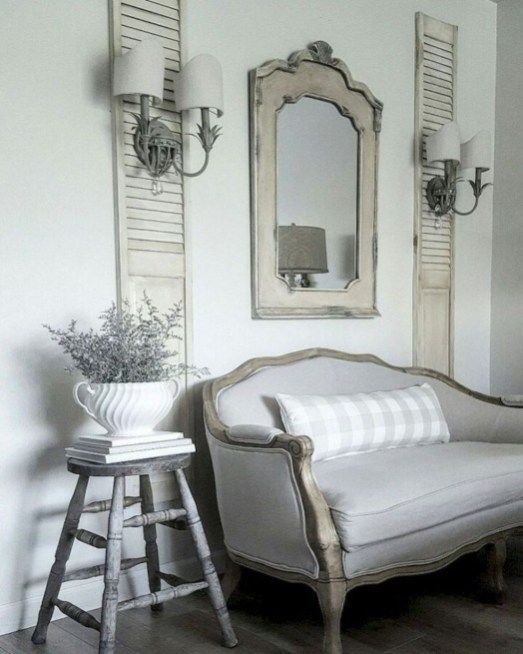 Amazing French Country Bedrooms Design Ideas 28