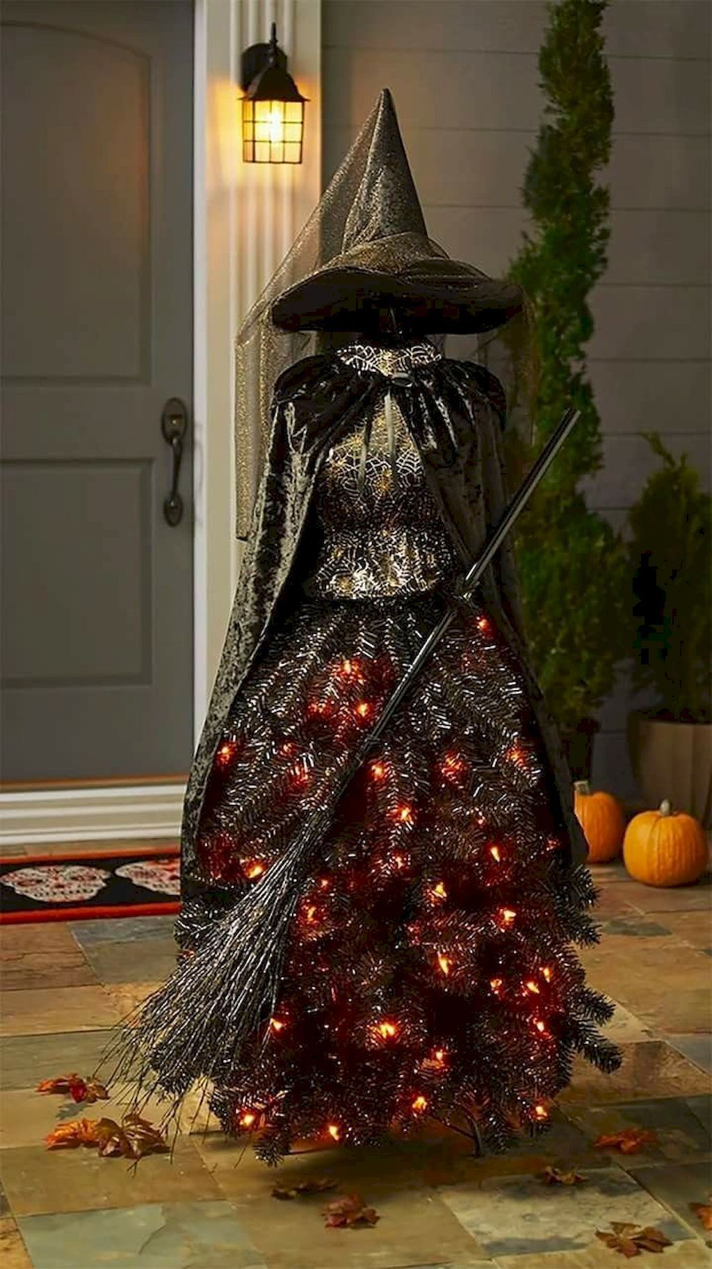 Amazing Halloween Outdoor Decorations Ideas 33