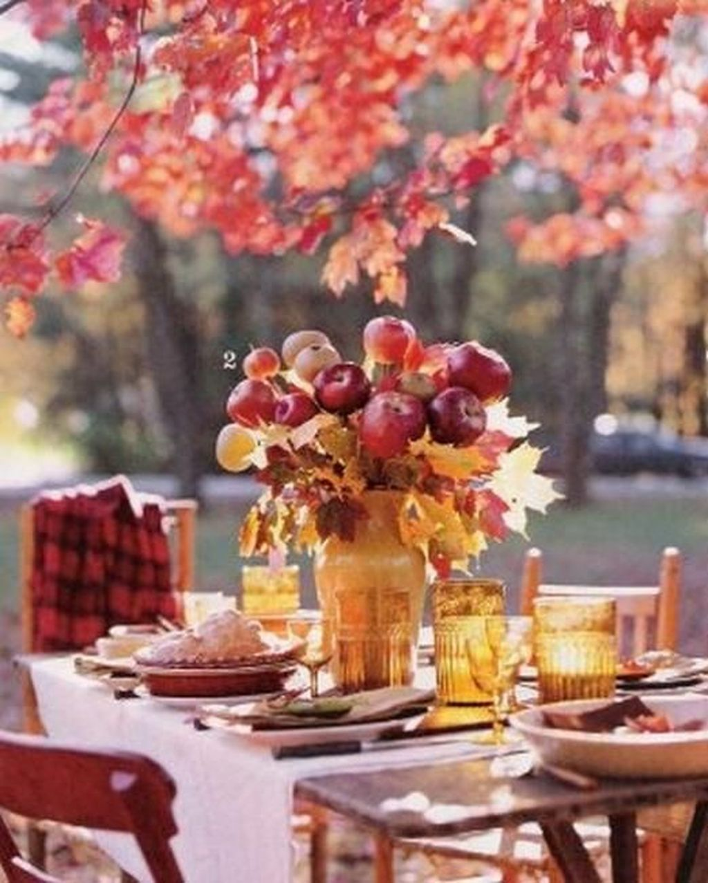 Awesome Fall Table Decorations Ideas You Should Apply This Year 25