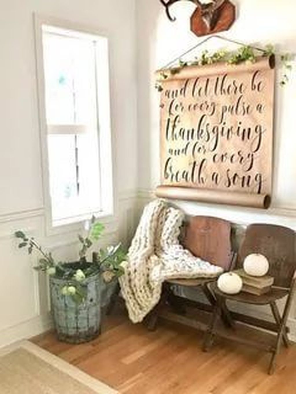 Beautiful Fall Entryway Decor Ideas 32