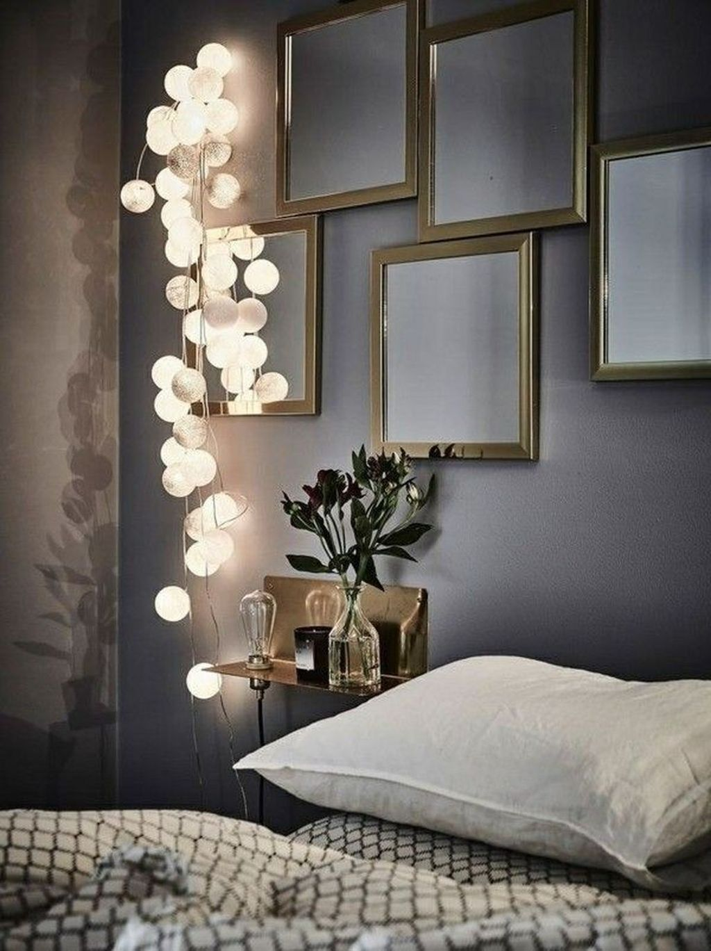 Beautiful Romantic Bedroom Lighting Ideas 04