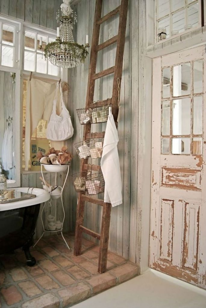 Gorgeous Vintage Ladder Decor Ideas 29