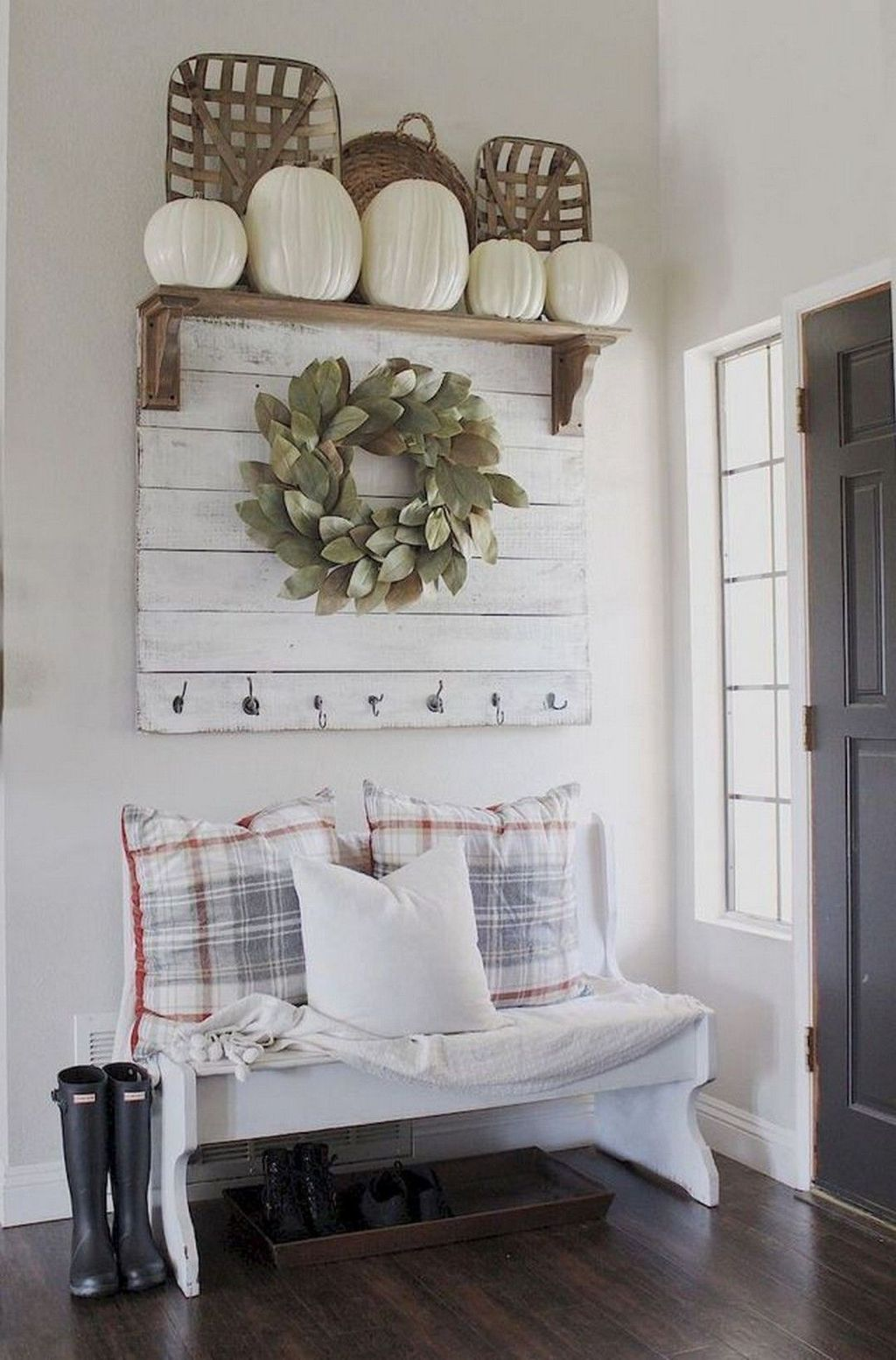 Inspiring DIY Farmhouse Home Decor Ideas 10