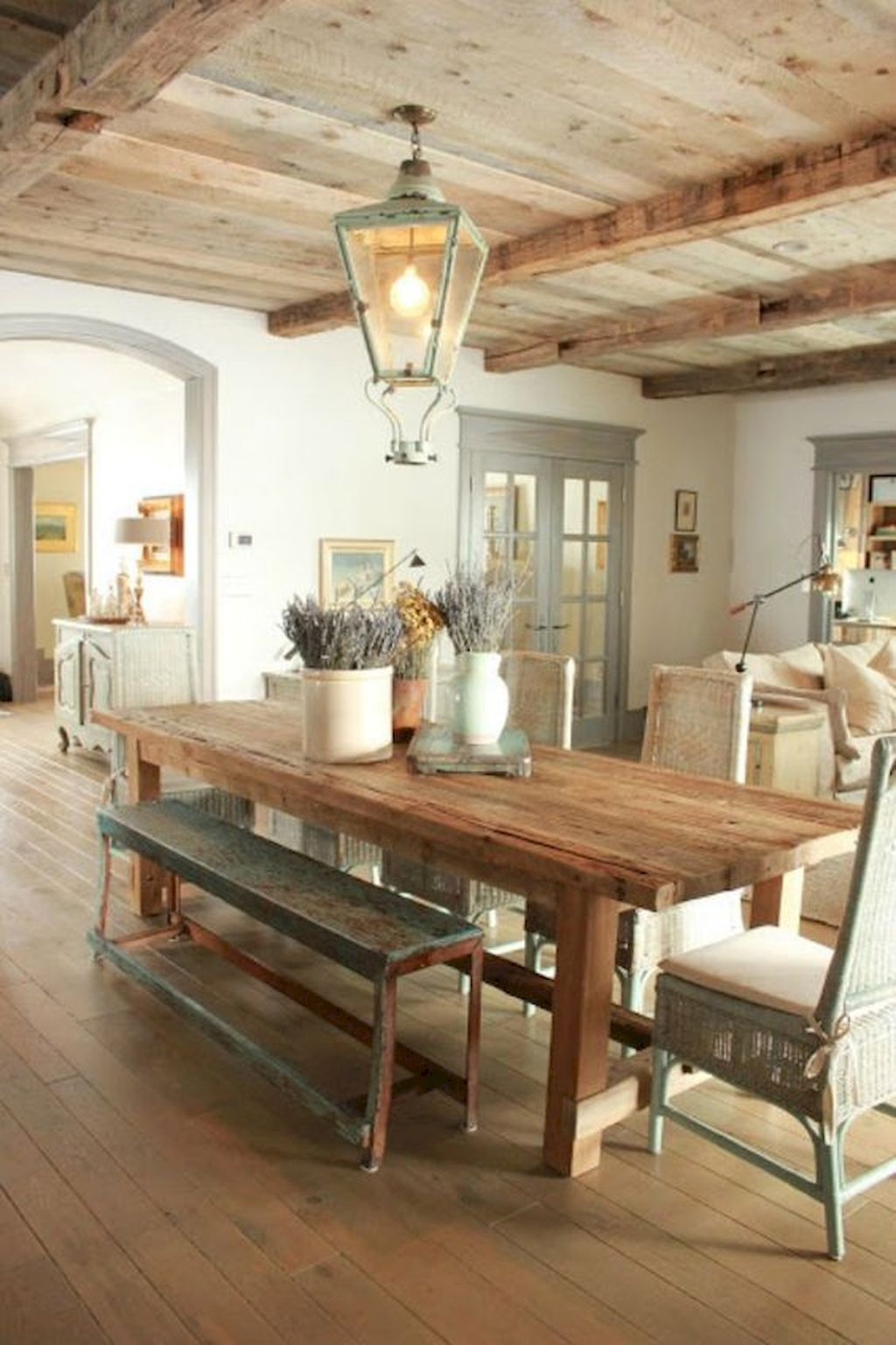 Inspiring Dining Room Design Ideas 11