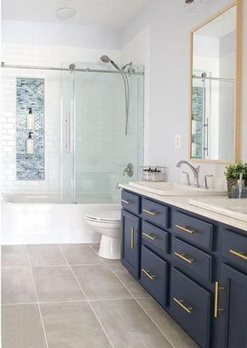 Lovely Classic Bathroom Design Ideas 27