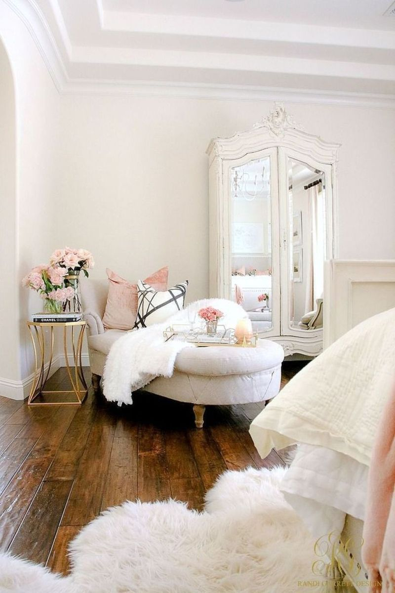 Lovely Fall Bedroom Decor Ideas That Will Popular This Year 15