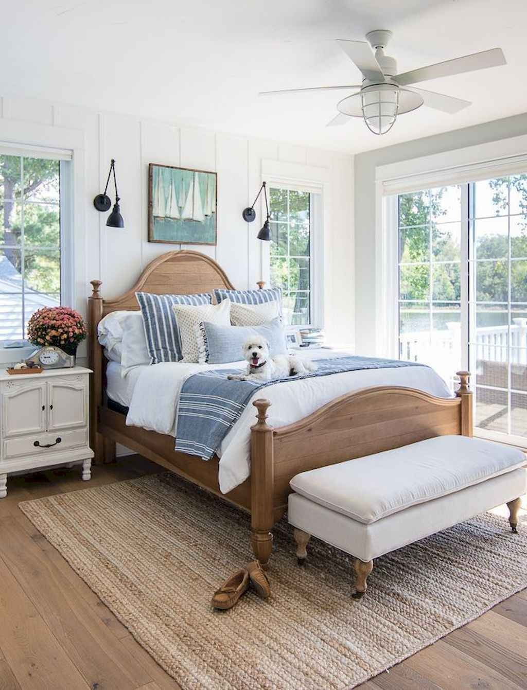 Lovely Lake Bedroom Decorating Ideas 03