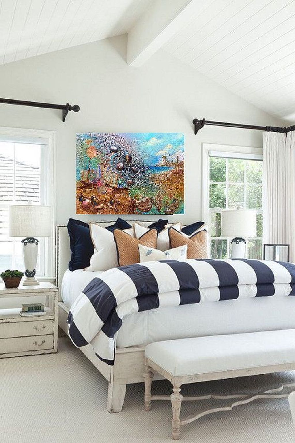 Lovely Lake Bedroom Decorating Ideas 17
